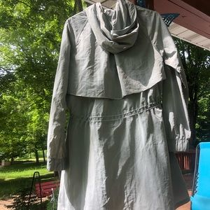 lululemon athletica Jackets & Coats - LULULEMON Pack & Glyde Rain Jacket